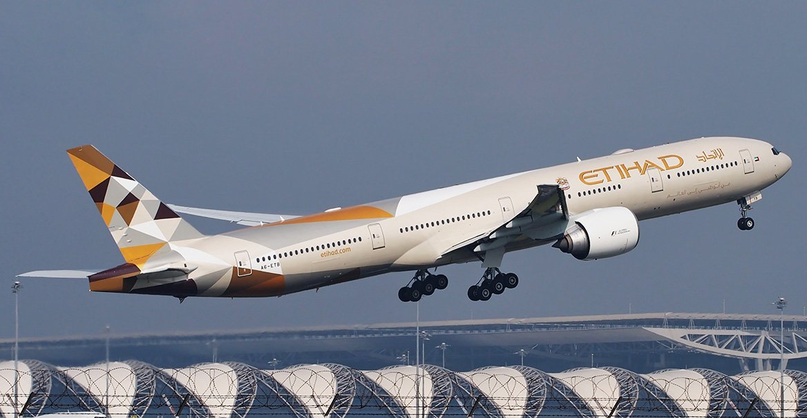 Abu Dhabi Grants Visa On Arrival in 30 Minutes